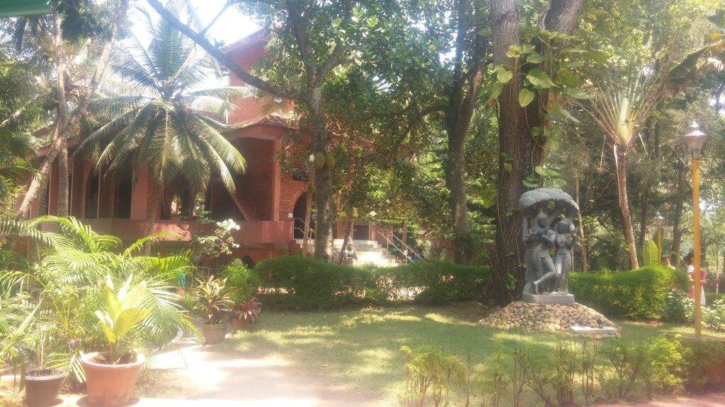 ashram-umgebung
