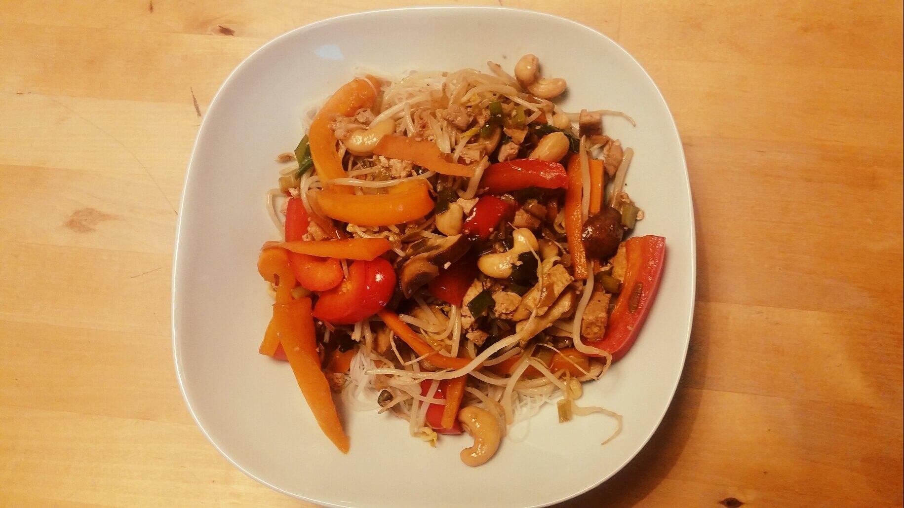 asianudeln-gemuese-tofu