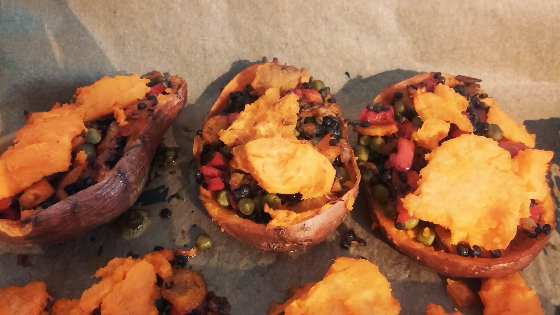 suesskartoffel-gefuellt-ofen