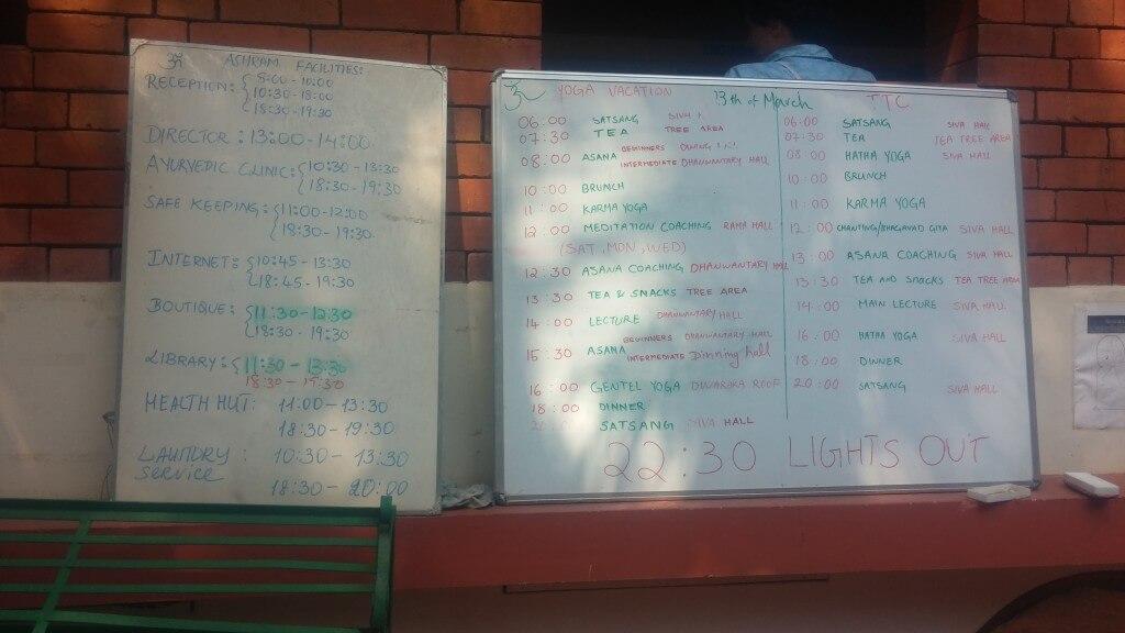tagesplan-schedule-ashram-sivanandra